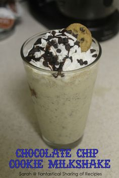 Chocolate Chip Cookie Milkshake - never have to choose between a cookie and a milkshake again! #cookies #milkshake