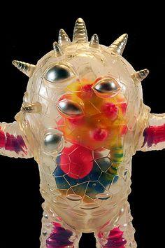 Custom painted by Mark Nagata using Monster Kolor paints on clear soft vinyl figure. Vinyl Toys, Vinyl Art, Japanese Monster, Monster Toys, Japanese Toys, Scary Monsters, Monster Design, Designer Toys, Vinyl Figures