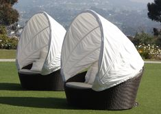 Canopy-covered Outdoor Furniture at the Marriott LagunaCliffs
