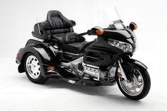 Image from http://www.trikezone.com/trikes/2015-Honda-Gold-Wing-GL1800-Monarch-II-Lehman-Trike-Conversion-HNDLEHMON2-1-xl.jpg.