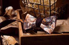 Галстук-бабочка коричневый из шерсти с хлопком | Бабочка на шею  - тема путешествий
