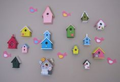 Decorating with birdhouses