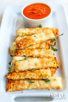 How to Make These 3 Ingredient Cheesy Cauliflower Breadsticks | Posh in Progress