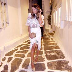 "Thássia Naves no Instagram: ""White Night!  | look #FabulousAgilita @agilitabrasil! ❤️| #BTviaja #ThassiaEuroSummer #thassiaemmykonos | @paulaaziz"""