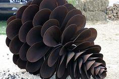 metal pine cone sculpture Public Space Design, Pine Cones, Sculpture Art, Gallery, Prints, Metal, Kunst, Roof Rack, Metals