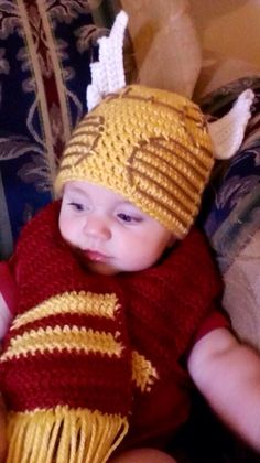 HARRY POTTER Inspired Crochet Gryphondor Golden Snitch Beanie and Scarf Set on Etsy