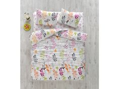 Alege lenjeria de pat dublu Begenal Phila care are un model floral deosebit. Este confectionata din bumbac 100% si se vinde impreuna cu cearceafuri pentru pat si pilota si doua fete de perna. http://goo.gl/oC9dSU