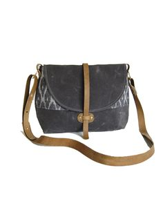 shelter-protects-westwood-bag-grey-the-makery