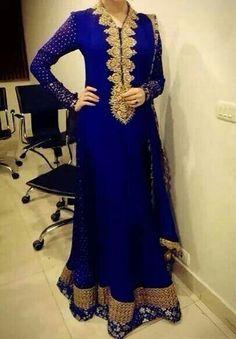 This is gorgeous. Very influenced by India Pakistan Fashion, India Fashion, Ethnic Fashion, Asian Fashion, Pakistani Couture, Pakistani Outfits, Indian Outfits, Latifa, Desi Clothes