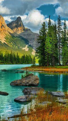 The post AB: Spirit Island Jasper National Park Alberta British Columbia Canada. Beautiful Nature Pictures, Beautiful Nature Wallpaper, Amazing Nature, Nature Photos, Beautiful Landscapes, Beautiful World, Beautiful Places, Nature Nature, Beautiful Scenery