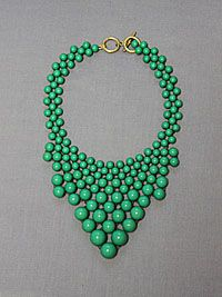 Bubbly Good Time Necklace in Green-trendy fashion jewelry necklace, pretty statement necklace, unique fashion necklace, inexpensive fashion jewelry necklace