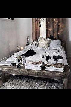 35 Charming Boho Chic Bedroom Decorating Ideas Modern Boho Bedroom Bohemian Bedroom Inspiration 20 Gorgeous Examples Of Boho Bohemian Bedroom Dream Rooms, Dream Bedroom, Home Bedroom, Bedroom Decor, Bedroom Ideas, Bedroom Beach, Bed Ideas, Bedroom Storage, Master Bedroom