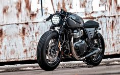 Cafe racers, scramblers, street trackers, vintage bikes and much more. The best garage for special motorcycles and cafe racers. Gs 500 Cafe Racer, Cafe Racer Honda, Custom Cafe Racer, Cafe Racer Bikes, Cafe Racer Motorcycle, Cafe Racers, Cafe Moto, Motos Royal Enfield, Ducati Monster 1000