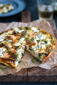 Cottage cheese, kale and smoked salmon frittata by Lucy Parissi January-21-2016A herb packed frittata that's low in calories but full of flavour. Serve cold for breakfast or with a light salad for lunch. Add a couple of tablespoons of crumbled low-fat feta cheese or grated Parmesan if desired. You will need a 23cm (9inch) oven safe frying pan or skillet.