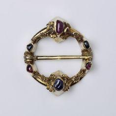 Ring brooch | V 1250-1300 France or England.  Lovely Ring Broach.