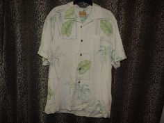 Tommy Bahama Men's 100% Silk Palm Trees Hawaiian Camp Shirt Size M NWOT #T34267 #TommyBahama #ButtonFront