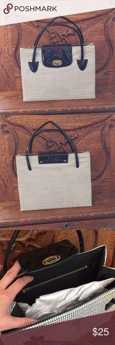 "Vintage bag Vintage bag. In great condition! 12"" X 9"" Vintage Bags"