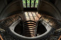 Nouveau Staircase? Looking from the top down.