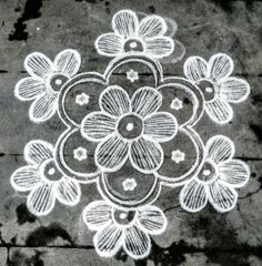 Rangoli Kolam Designs on Happy Shappy in Here you can find the most beautiful & Simple design, photos, images, free hand and more in Small & Large design Ideas Easy Rangoli Designs Diwali, Rangoli Simple, Indian Rangoli Designs, Simple Rangoli Designs Images, Rangoli Designs Latest, Rangoli Designs Flower, Free Hand Rangoli Design, Small Rangoli Design, Rangoli Designs With Dots