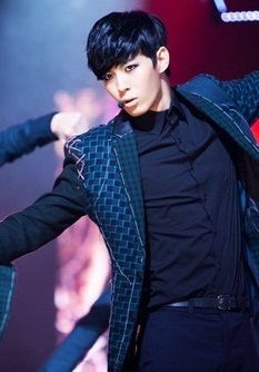 Hongbin ♡ #VIXX #KPOP // Voodoo Live Performance Korean K Pop, Korean Men, Vixx Voodoo Doll, Lee Hong Bin, Vixx Hongbin, Jellyfish Entertainment, Kpop Guys, K Idol, Pop Bands