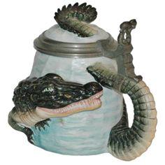 Character Stein 1/2L Bohne Porcelain alligator- German Beer Stein
