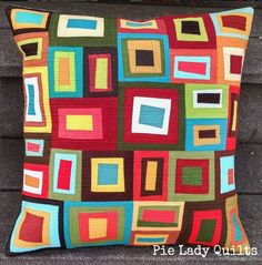 Jill of created several stunning quilts using fabrics from her scrap bin. Patchwork Cushion, Quilted Pillow, Scrappy Quilts, Mini Quilts, Quilting Projects, Quilting Designs, Quilting Ideas, Contemporary Quilts, Quilt Modern