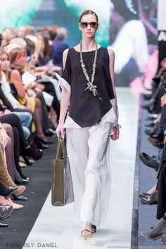 Moda y Tendencias en Buenos Aires | MODA 2016 : ADRIANA COSTANTINI PRIMAVERA VERANO 2016: 30 AÑOS EN LA MODA - ARGENTINA FASHION WEEK 2016