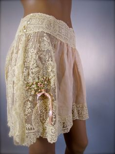 Salon of the Dames - 1920's Brussels Lace and Silk Chiffon Tap Pants