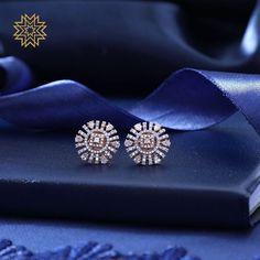 Diamond Solitaire Earrings H I – Modern Jewelry Diamond Earrings Indian, Diamond Solitaire Earrings, Diamond Earing, Diamond Studs, Diamond Jewelry, Gold Jewelry, Fine Jewelry, Gold Bracelets, Emerald Diamond