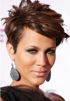 Why can't I ever get my hair to look like this? Oh yeah I don't have someone to do it for me everyday.