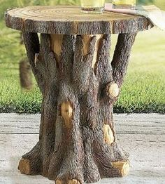 Tree Trunk Table - making these from the pine trees that my parents are cutting . , Tree Trunk Table - making these from the pine trees that my parents are cutting down in their backyard.