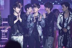 12.05.11 Music Bank (Cr: B'SPECTRA: baekhyun0506.com)
