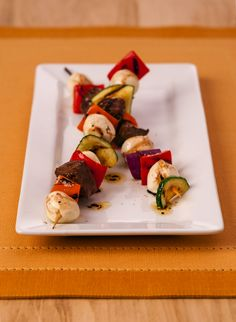 Fresh Mozzarella Skewers with Lemon Marinated Steak - Who doesn't love a good #shishkabob?