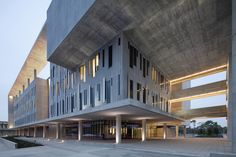 Miami-Dade College, Kendall Campus, Miami, Florida