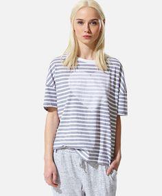 Heart stripe top, null£ - null - Find more trends in women fashion at Oysho . Sleepwear & Loungewear, Riga, Lounge Wear, Beachwear, Sportswear, Swimsuits, Tunic Tops, Womens Fashion, Stripe Top