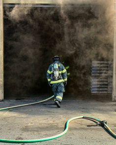 FEATURED POST  @smokeshowing911 - - Going to Work -  See more fire service photography at http://ift.tt/LU4GEs  ___Want to be featured? _____ Use #chiefmiller in your post ... http://ift.tt/2aftxS9 . CHECK OUT! Facebook- chiefmiller1 Periscope -chief_miller Tumblr- chief-miller Twitter - chief_miller YouTube- chief miller .  #firetruck #firedepartment #fireman #firefighters #ems #kcco  #brotherhood #firefighting #paramedic #firehouse #rescue #firedept  #theberry #feuerwehr  #brandweer…