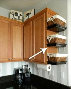 How To Declutter Your WHOLE House in just ONE afternoon - Life Sprinkled with Joy Top 21 Awesome Ideas To Clutter-Free Kitchen Countertops - Amazing DIY, Interior & Home Design Diy Kitchen Storage, Kitchen Redo, New Kitchen, Diy Storage, Awesome Kitchen, Kitchen Living, Smart Kitchen, Bathroom Storage, Country Kitchen