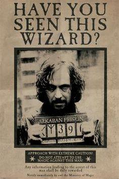Oletko Harry Potter -fani? Älä jää paitsi tästä siististä julisteesta! Siinä on Sirius Blackin etsintäkuulutusjuliste. 61 x 91,5 cm:n julisteella autat saamaan hänet kiinni.