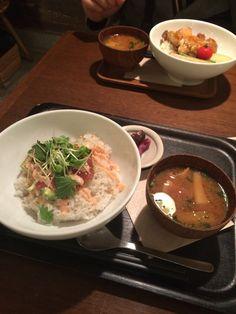 和カフェ yusoshi(ユソーシ)のアボガドとマグロの明太子どんぶりランチ
