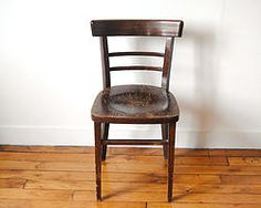 Chaise de bistrot ancienne en bois