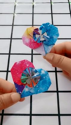 How to make a heart box (origami) Instruções Origami, Origami Simple, Origami Tattoo, Heart Origami, Origami Videos, Origami Bookmark, Origami Design, Diy Crafts Hacks, Diy Crafts For Gifts