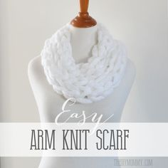 Trying this tonight!! Make an Arm Knit Scarf | The DIY Mommy