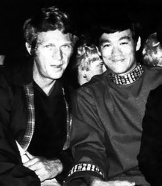 Relationship between McQueen and Lee? Bruce Lee wanted to be a movie star like Steve. Steve McQueen wanted to be as good martial artist as Bruce. Steve Mcqueen, Bruce Lee Photos, Brandon Lee, Hollywood Stars, Classic Hollywood, San Francisco, Ju Jitsu, Cinema, Martial Artist
