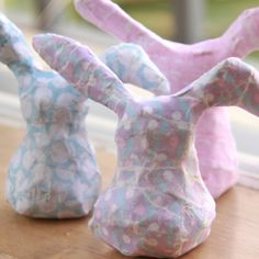 DIY Guide: How to make paper mache Easter Bunnies.