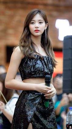 180722 Twice Tzuyu Dance the night away fansign hanam Korean Beauty, Asian Beauty, Tzuyu Body, Twice Tzuyu, Phineas Y Ferb, Chou Tzu Yu, Dance The Night Away, Beautiful Asian Girls, Nayeon