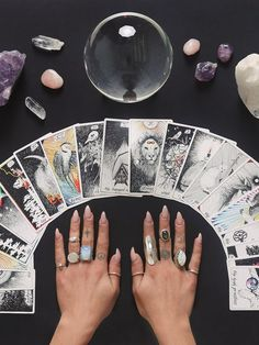 The Pisces Witch: Personality + Magic + Style - Modern Witch's Guide to Life