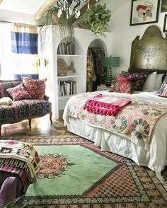 Best Granny Chic Home Decor Ideas Picture 50 – Home and Apartment Ideas Moroccan Home Decor, Moroccan Furniture, Moroccan Rugs, Morrocan House, Moroccan Bedding, Moroccan Style, Moroccan Interiors, Moroccan Lanterns, Style At Home