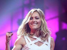 Mit drei aufeinanderfolgenden Nummer 1-Platzierungen in den Album-Charts hält Helene Fischer einen Rekord