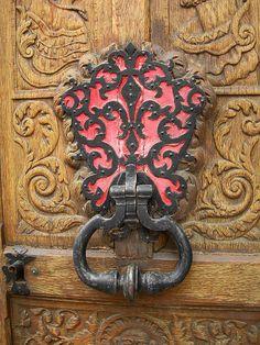 Ornate door knocker by ginparis2002, via Flickr