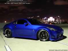 Stall #9 - Nissan 350Z...love love love this color!
